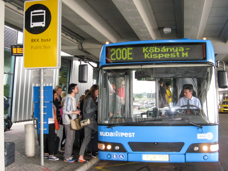 Autobuz Budapesta