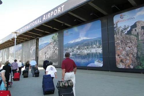 De la București există zbor direct spre Catania