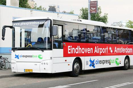 Autobuzul de la aeroportul Eindhoven spre Amsterdam