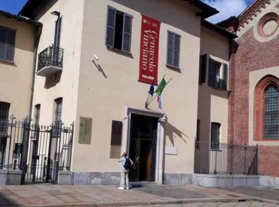 de 5 secole faimoasa frescă decorează zidurile camerei de mese din Santa Maria delle Grazie