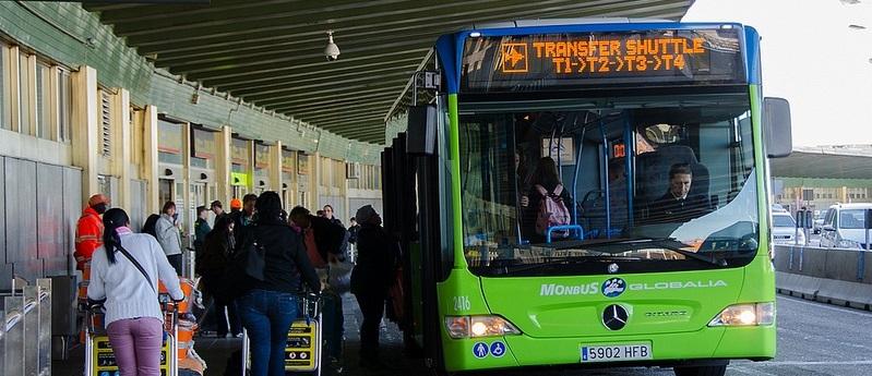 Autobuz de transfer intre terminale