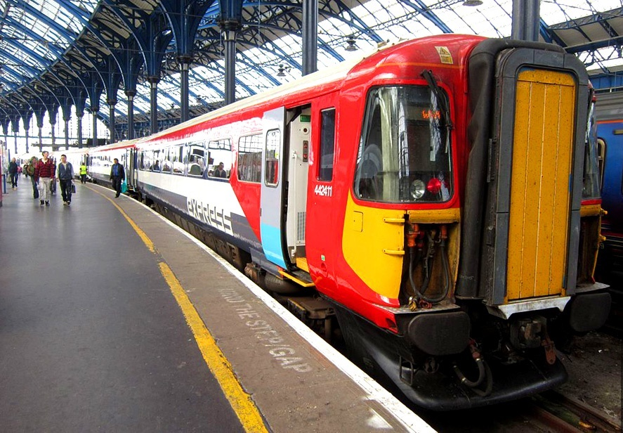 Trenul de la Gatwick la Londra