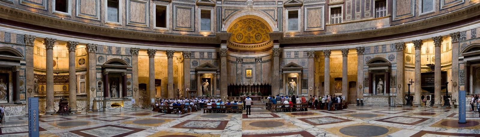 Interiorul Panteonului