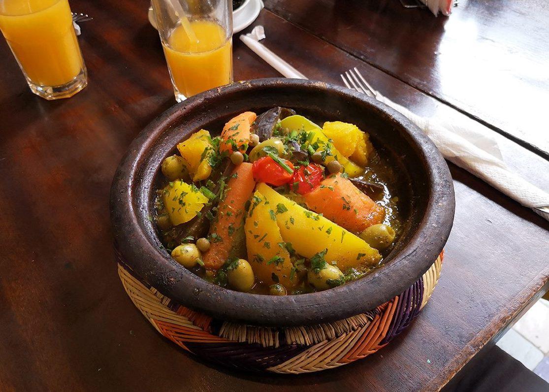 Mâncare tradițională marocană Tazhin